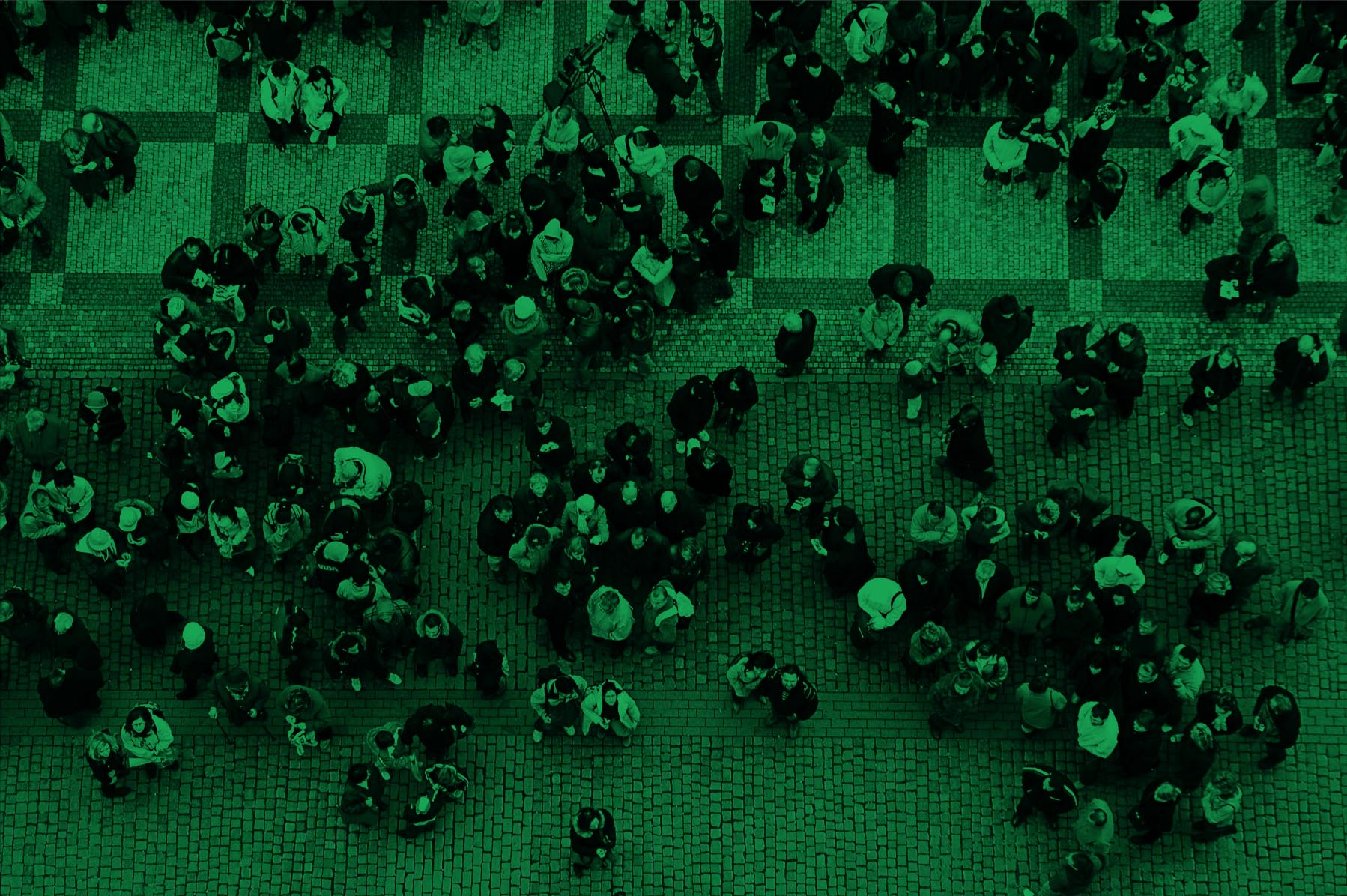 Crowd_Street_Crossing_Green.jpg