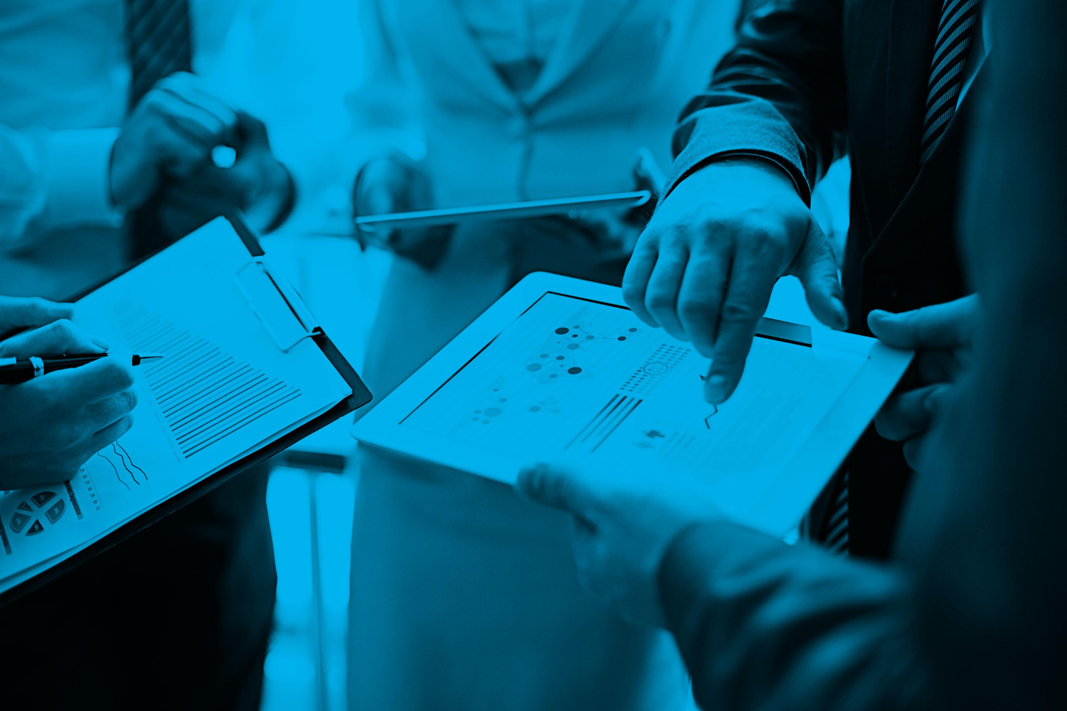 Data_Group_Zoomed_Blue.jpg